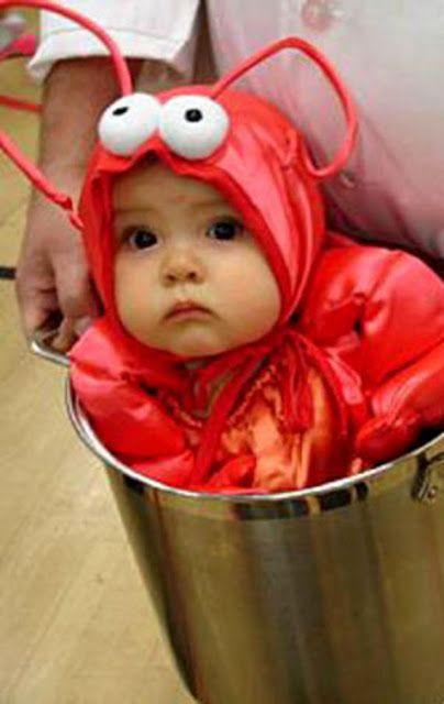 Бебе в саксия